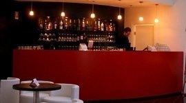 bar discoteca, design interni, edifici moderni