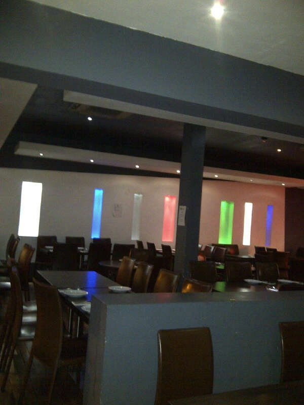 lighting in restaurant