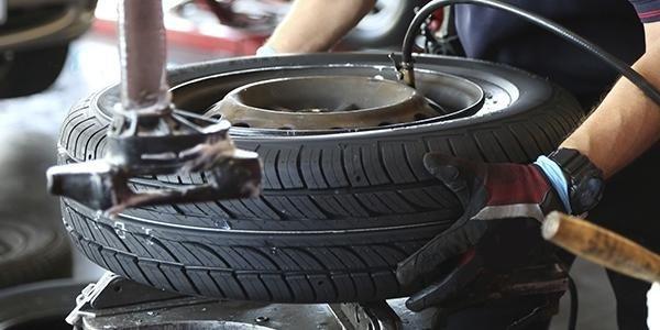 Cambio pneumatici