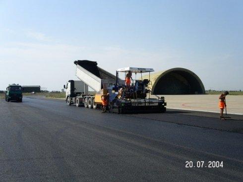 lavori asfalto aeronautica militare