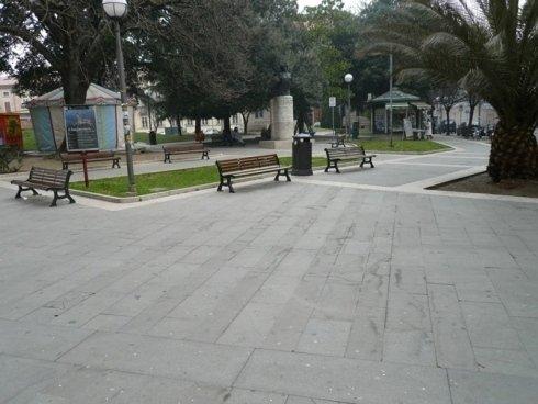 realizzazione piazza tre martiri