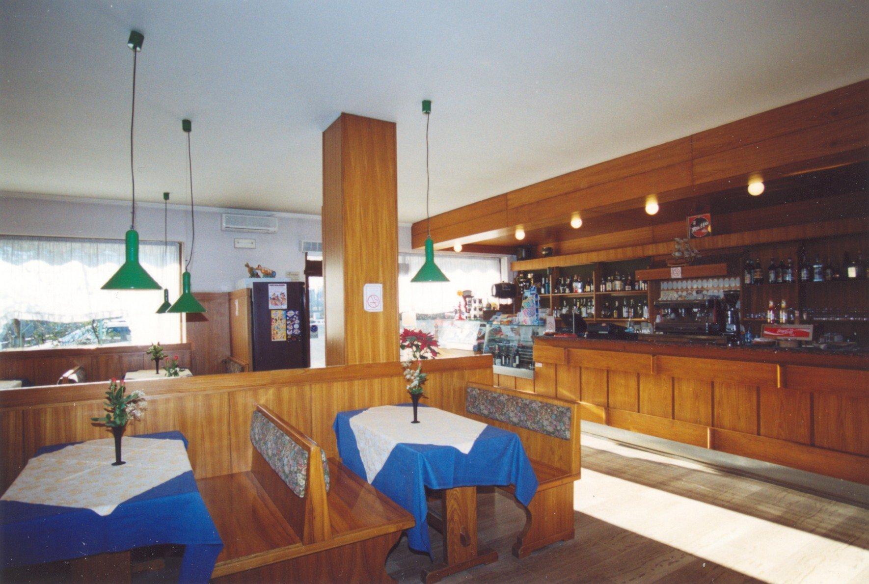 dei tavoli del ristorante