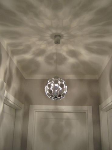 Lampadario effetto palla disco