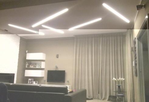 Illuminazione soffitto sbarre di luce