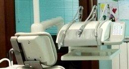 attrezzatura dentista, trapano dentista, strumenti dentista