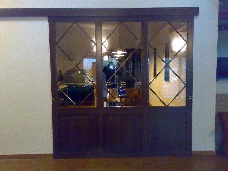porta scorrevole vetro e legno