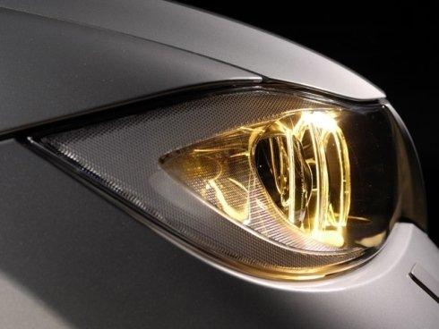 Vendiamo anche al dettaglio lampadine a basso consumo per automobili di tutte le marche.