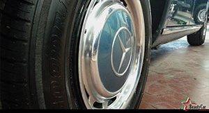 Impeccabile ruota di una Mercedes classico
