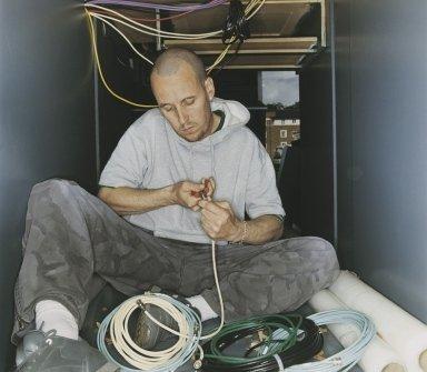 antenne satellitari, dispositivi di allarme, installazione di climatizzatori