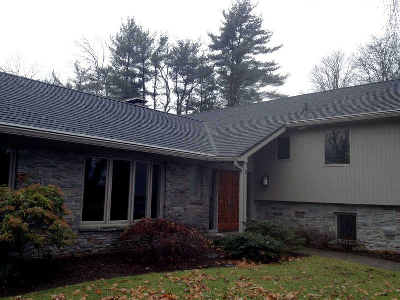 Roofing Contractor Agawam, MA