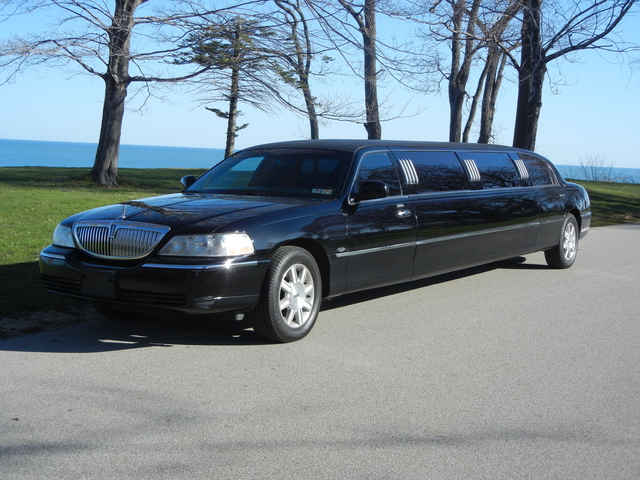 limousine service erie pa airport amp winery tour