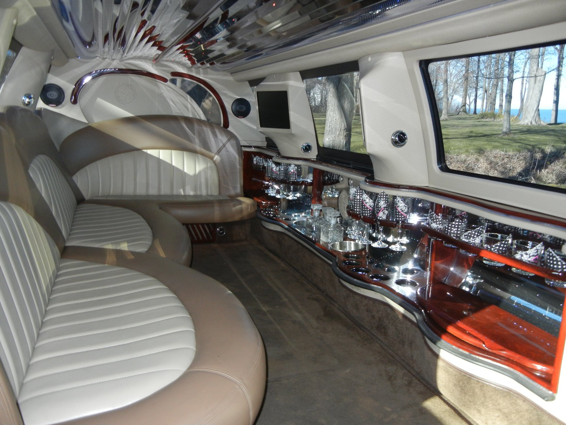 winery tour transportation erie pa south shore limousine