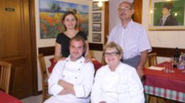 equipe Osteria Trattoria Trieste, ambiente famigliare, ambiente rilassante