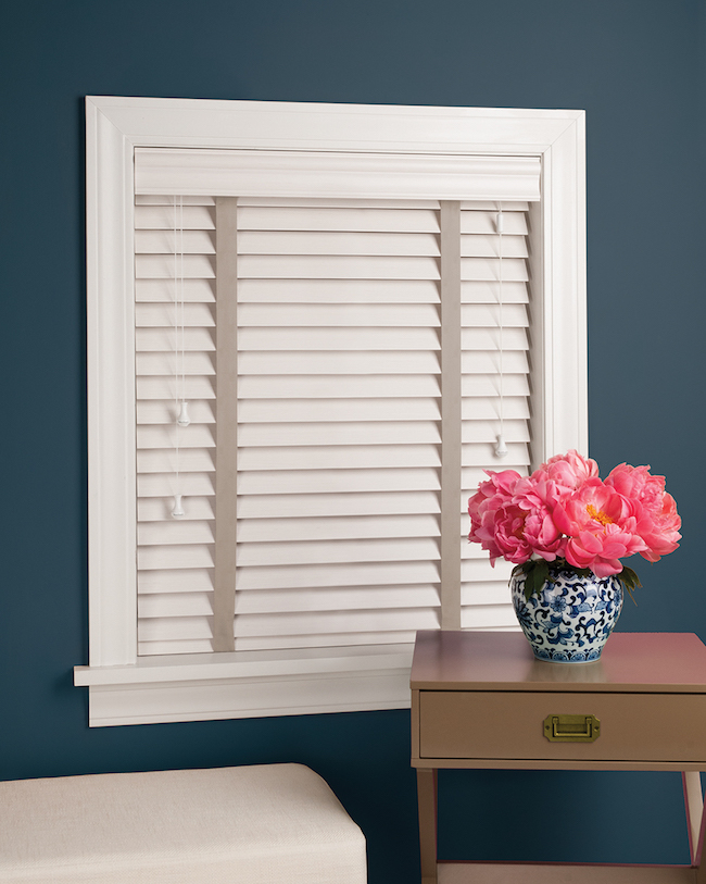 Hunter Douglas Faux Wood Blinds Window Covering In