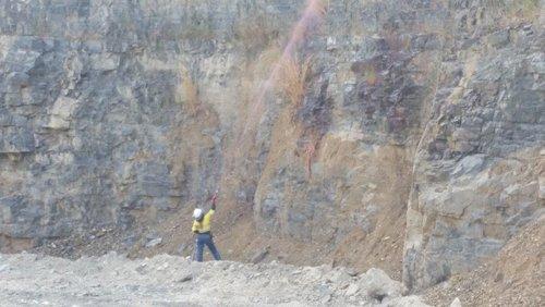 Expert worker of Wetzler woking at mining area