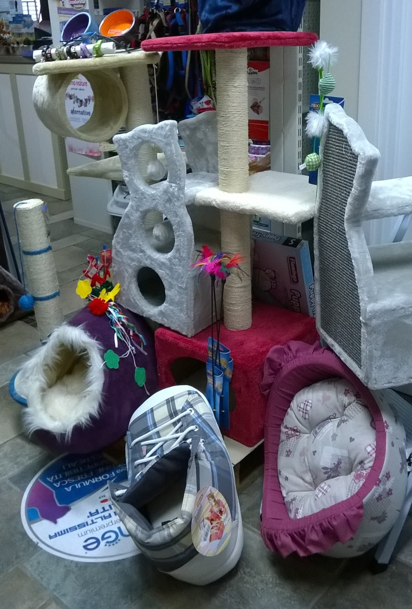 Cucce in stoffa e case da gioco per animali domestici