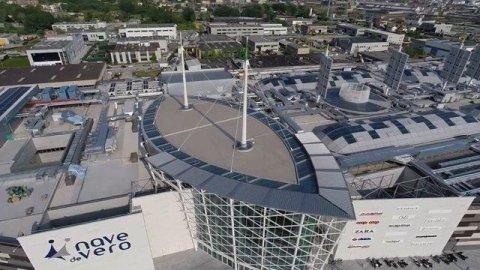Nave de Vero-un centro commerciale futuristico