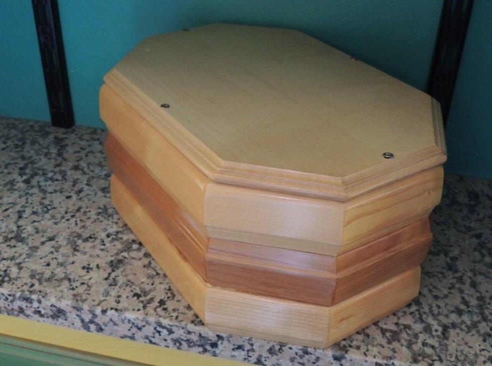 urna per ceneri in legno