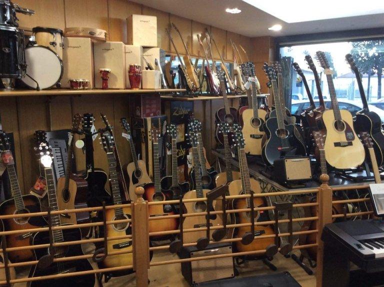 riparazione strumenti musicali