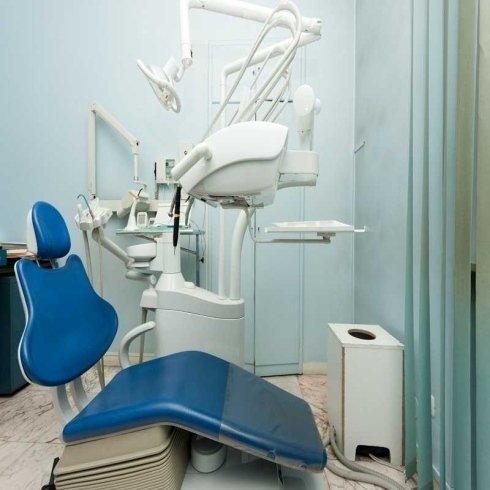 operazioni odontoiatriche
