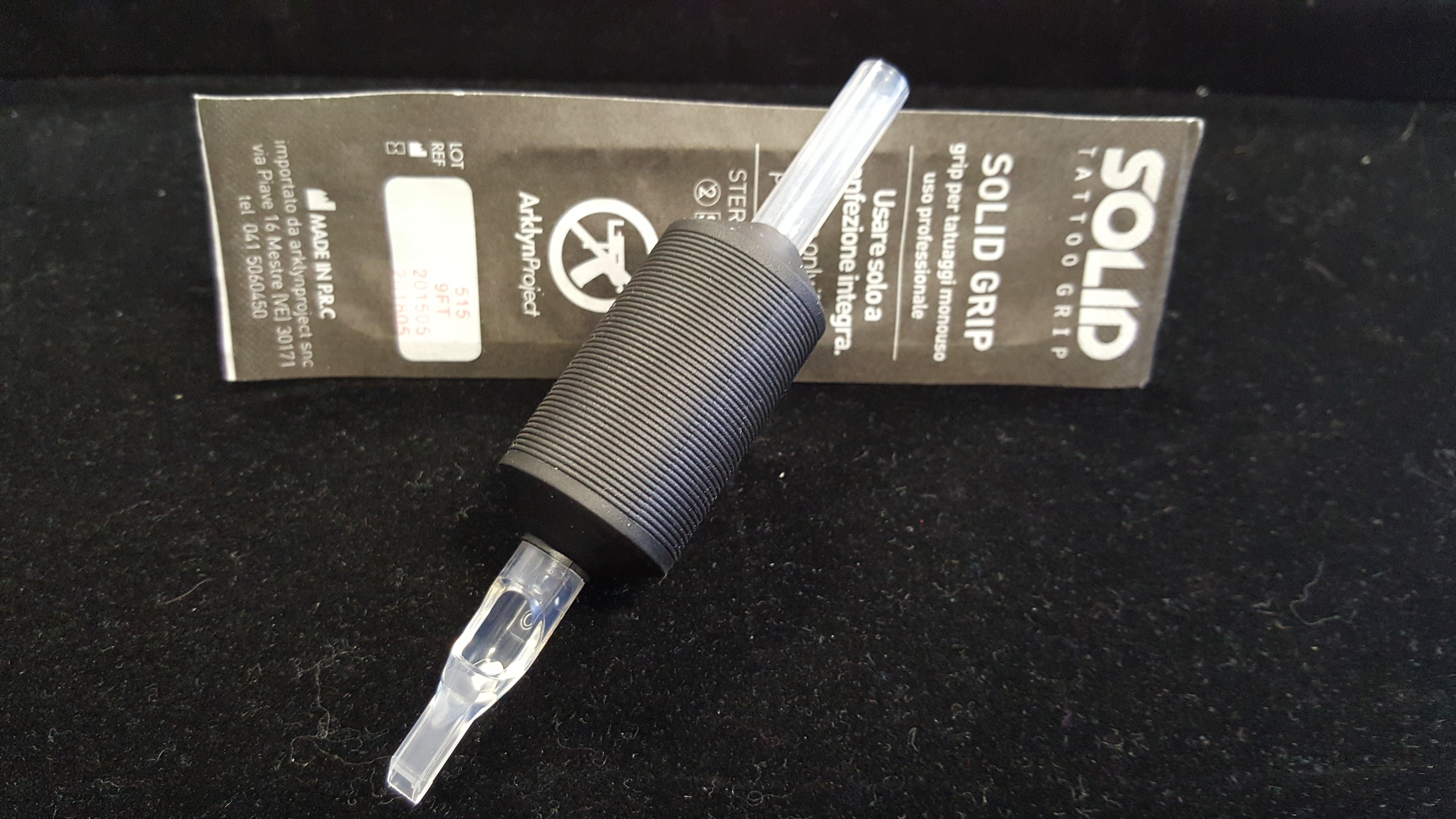 tubo di plastica per tatuaggi