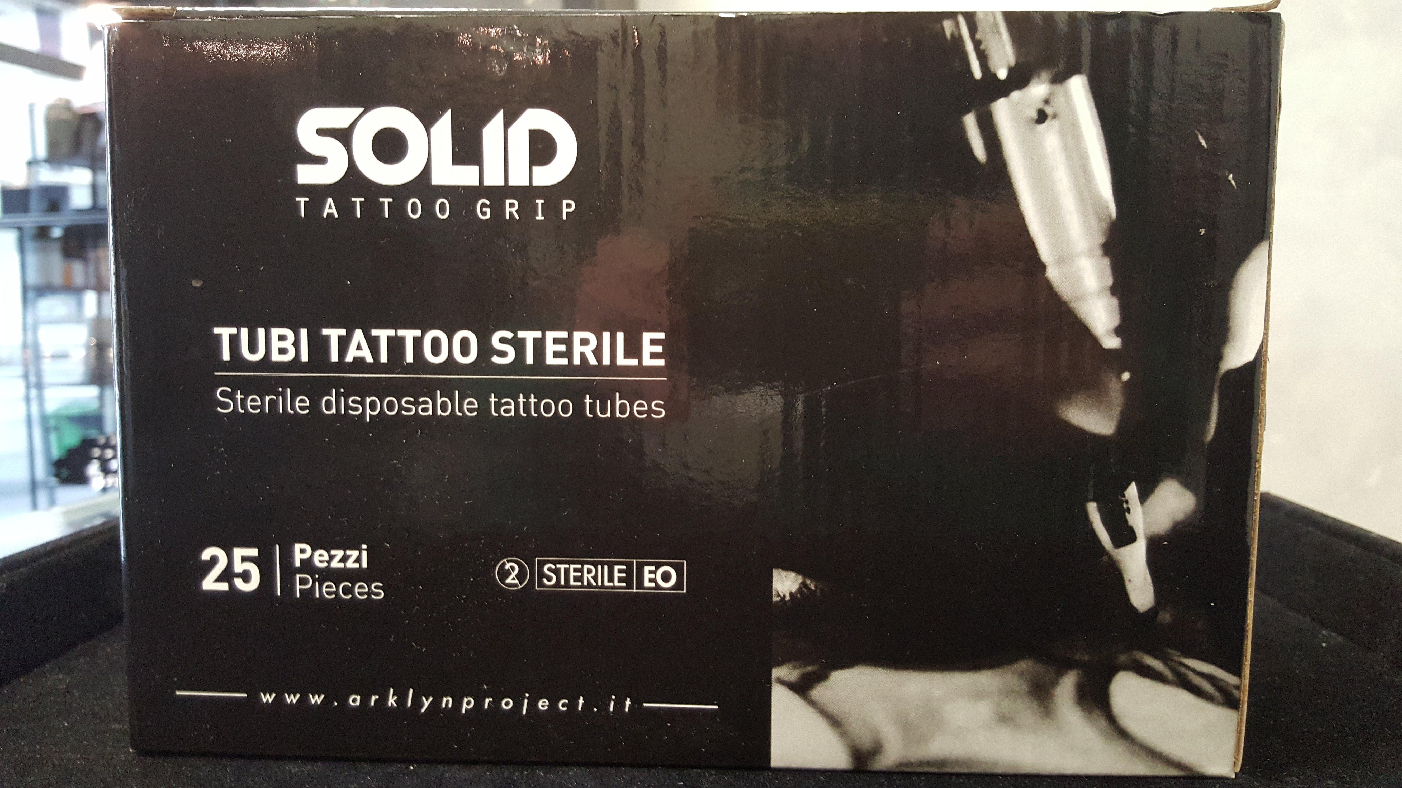 scatola nera tubi per tatuaggi