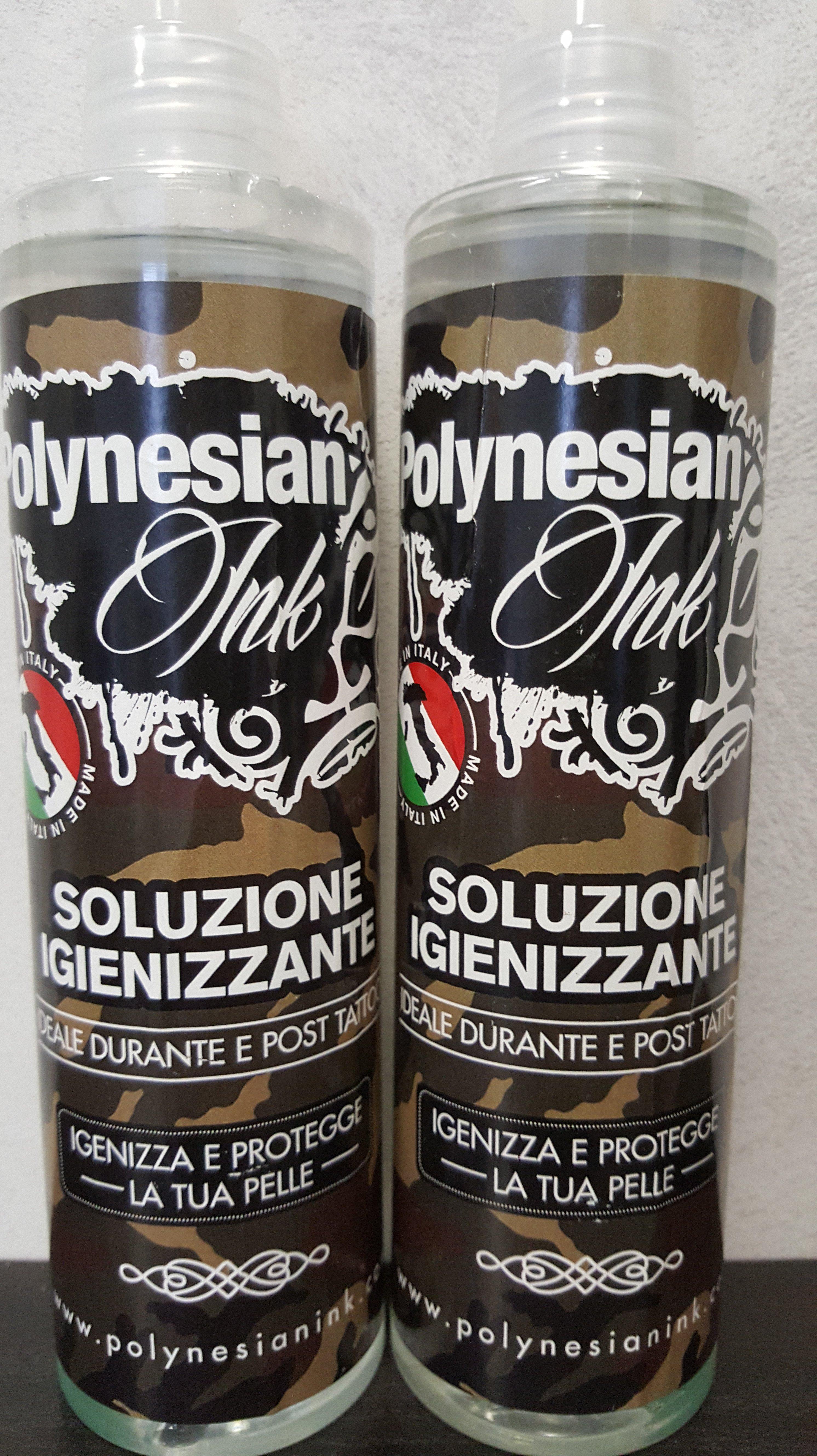 due bombolette di prodotto igienizzante