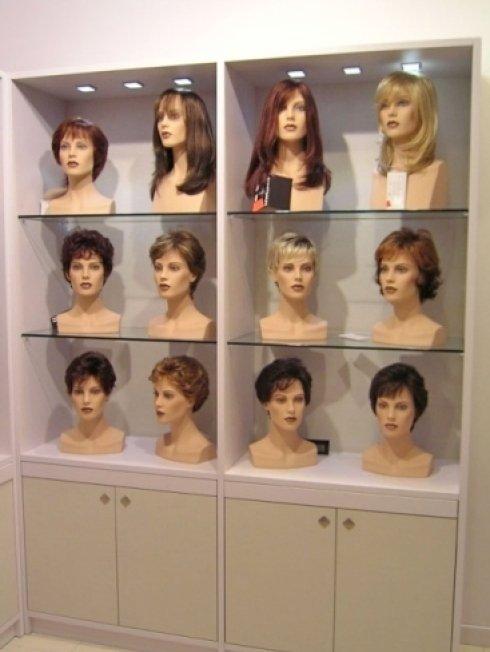 parrucche sintetiche, parrucche naturali, parrucche da uomo