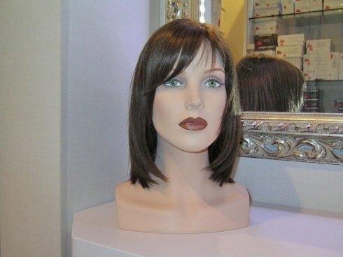riparazione di toupet, taglio parrucche