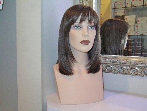 parrucca castano scuro, riparazione di parrucche