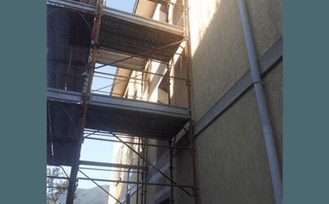 ponteggi per installazione ascensore