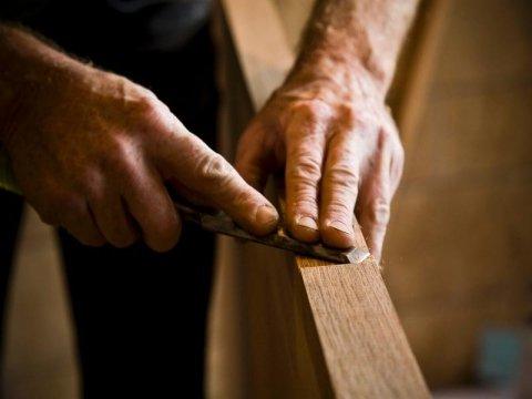 realizzazione mobili legno artigianali su misura