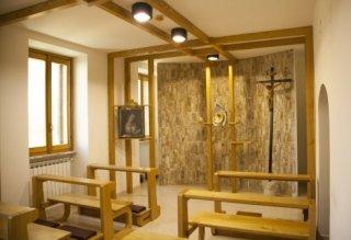 Foto della Cappella della Chiesa interna alla casa di Riposo Santa Lucia di Rieti