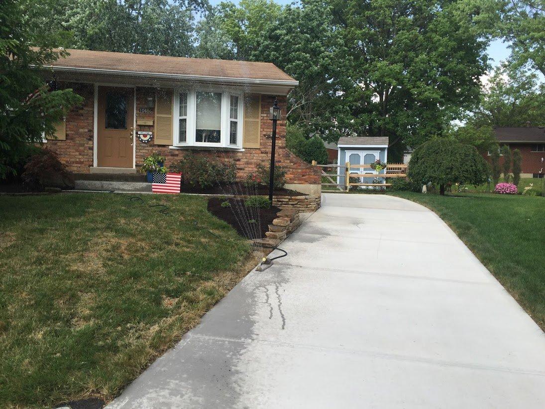 Concrete pathways build by experts in Cincinnati, OH