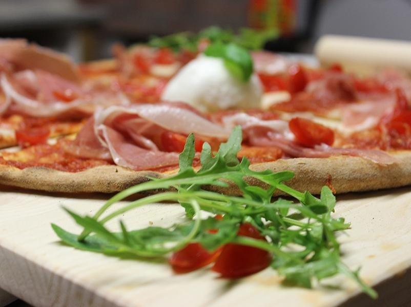 pizza prosciutto feltre