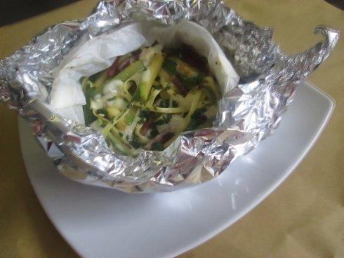 Tagliatelle speck e zucchine al cartoccio