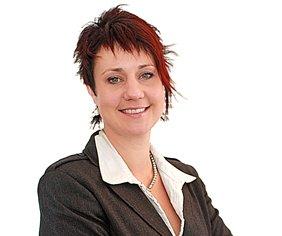 Shelley Clapperton