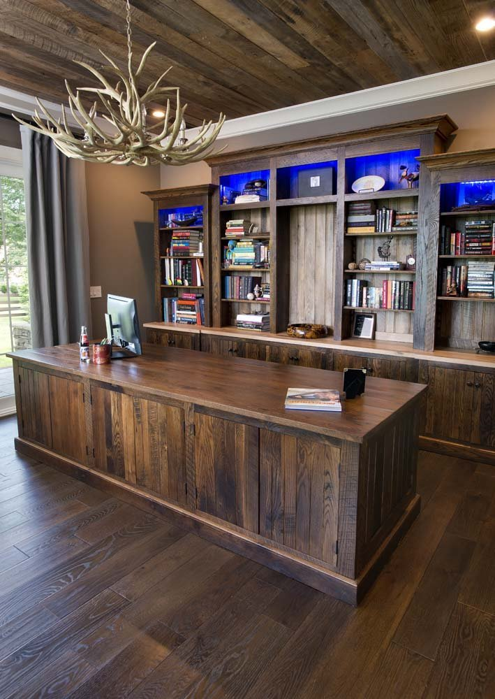 Custom reclaimed wood furniture Nashville