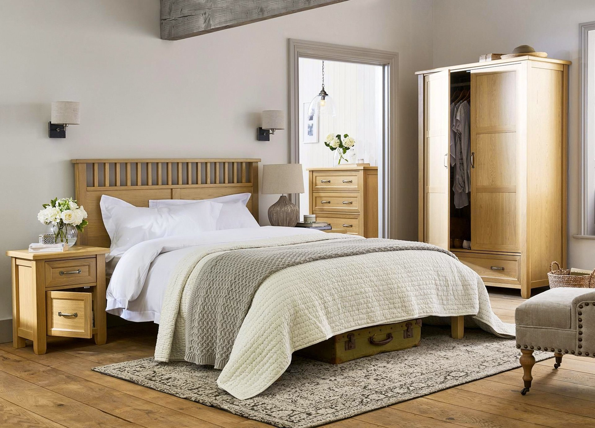 custom bedroom furniture karmal skillington nashville tn 17345 | shutterstock 615994484