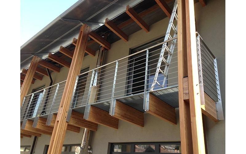 balcone ferro legno