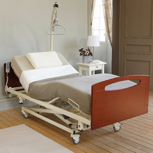 Solace 102 profiling, height adjustable bed