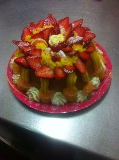 Torte pasticcere frutta