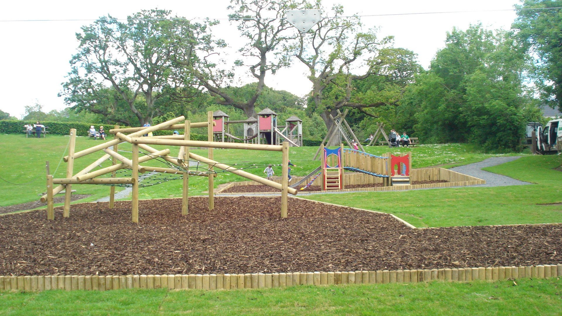 Area with timber climbing equipment