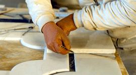 marmisti, opere funerarie, caminetti, top in marmo per cucine
