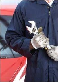 lavorazioni meccaniche su automobili