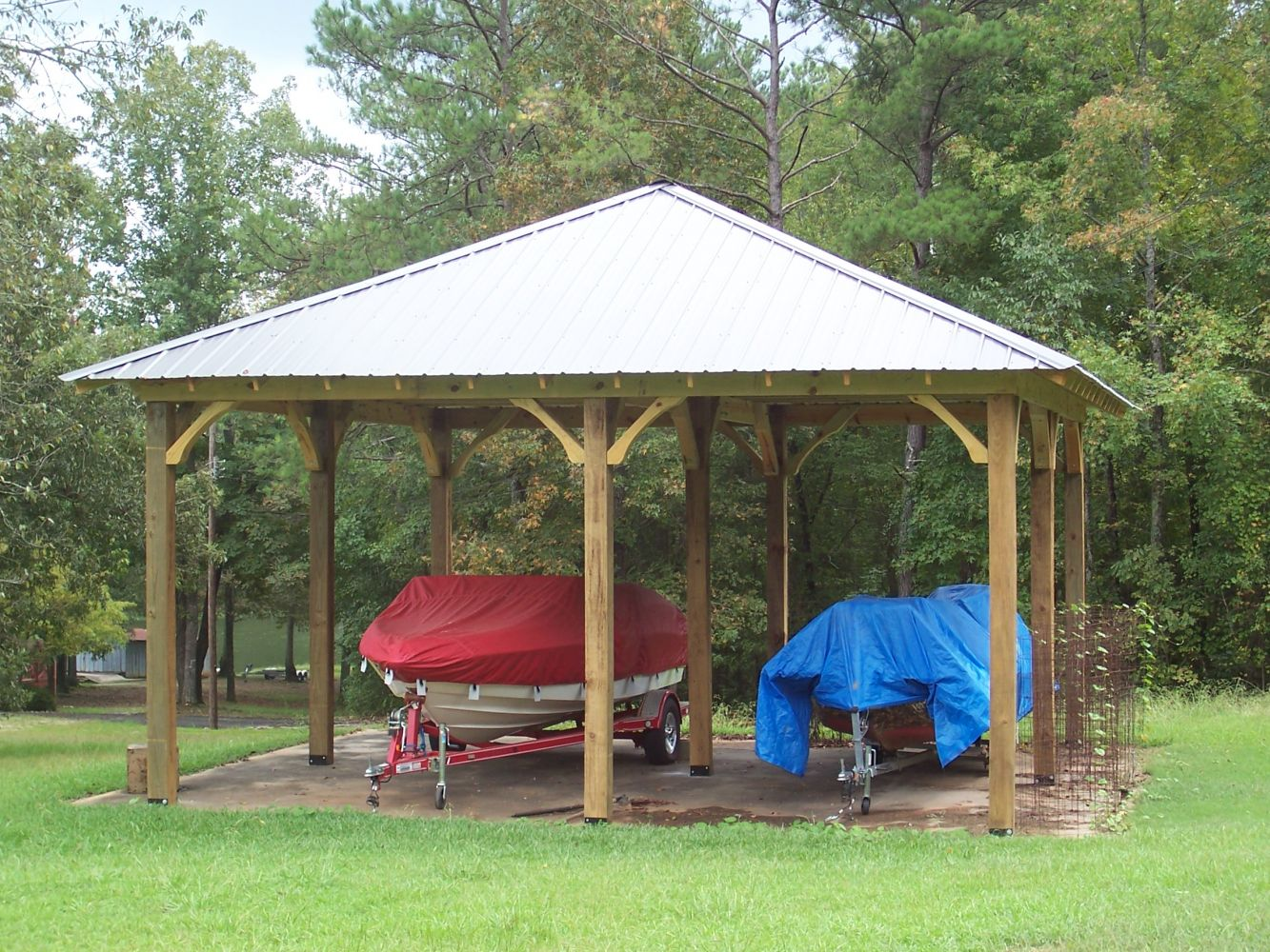 Custom deck constructed with canopy in Alabama