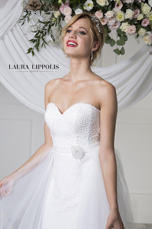0efccb030fa2 ... di Laura Lippolis spose a Putignano. abito da sposa glamour