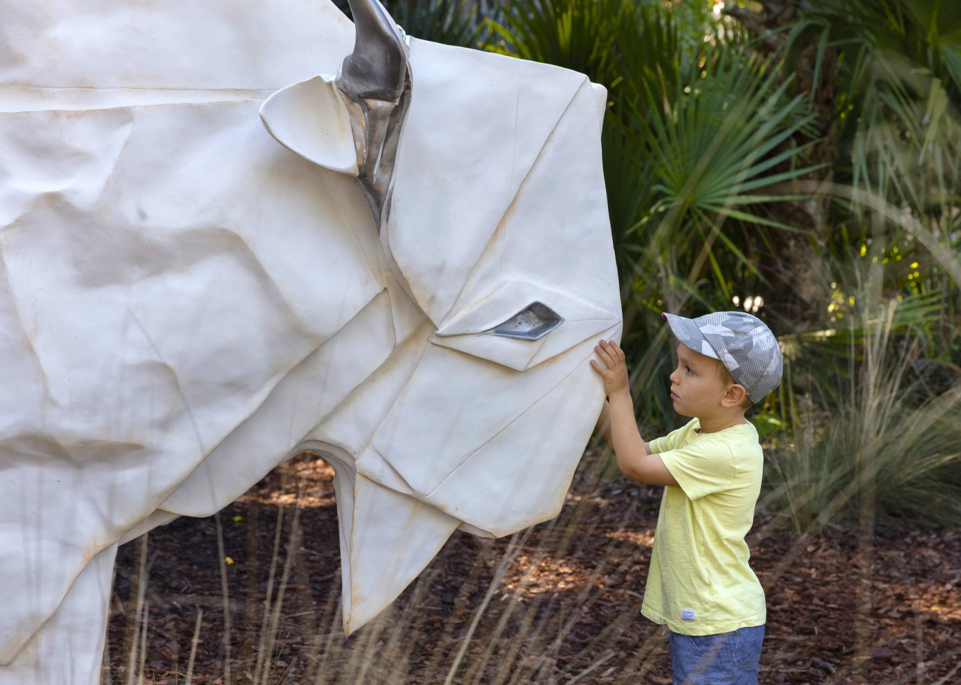 Dow Gardens - Events - Origami in the Garden - photo#11