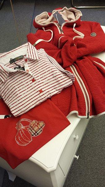 maglia e felpe rosse