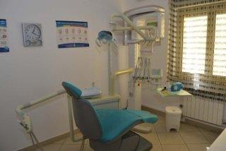 ortodonzia fissa, ortodonzia mobile, protesi estetiche,